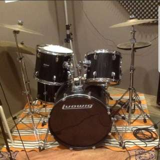 Ludwig Acoustic Drum