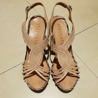 Staccato wedge shoe