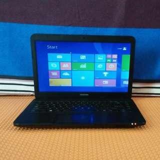 Laptop Thosiba  C800