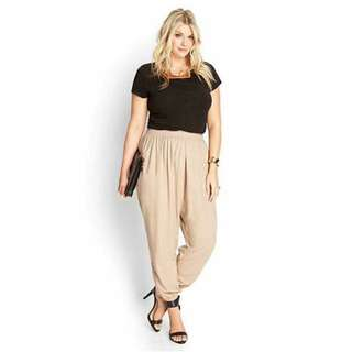 Plus size top and pants coordinates