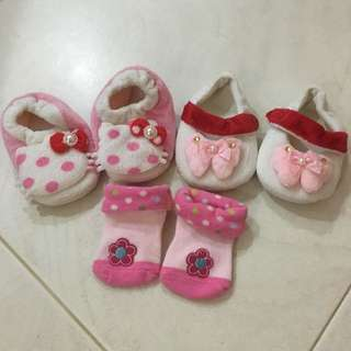 All for 3$ Bundle Baby Girl Shoes (2pairs+1pair of sock)
