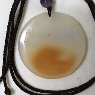 瑪瑙無事牌配紫龍晶連頸繩