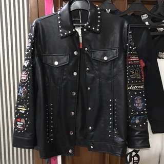 Stradivarius Patch Leather Jacket / Jaket Kulit Cewe Cowo