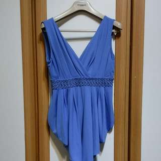 🚚 低胸藍禮服