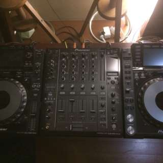 Pioneer Cdj 2000 nexus and Djm 900 nexus