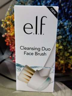 e.l.f Cleansing Duo Face Brush