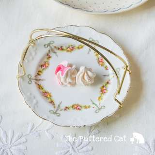 Collectible small plate basket for serving sweets and cookies at afternoon tea