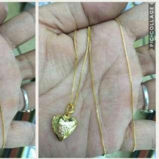10k Saudi Necklace Locket Medium