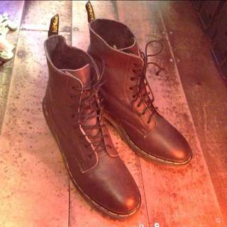 Vintage England Made Dr Martens Air Wair Brown Leather Heeled Boots Rare! Sz 71/2 Ladies