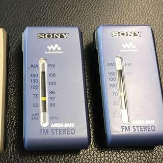 (不附耳機,不過用自己耳機都可以收聽到)Sony s84 radio $400 each (without earphones) (original price: $498)