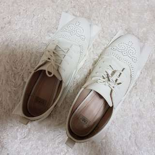 Zara white Oxford shoes