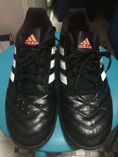 Authentic Adidas Shoes 99%New