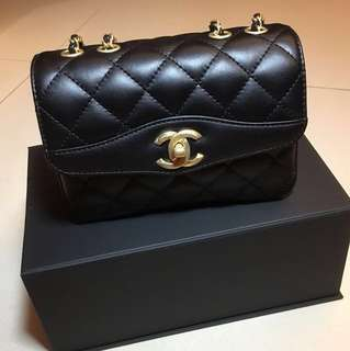 全新Chanel 新款風琴Flap bag(黑金)