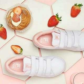 韓國FILA魔鬼顫鞋-草莓牛奶 24.5