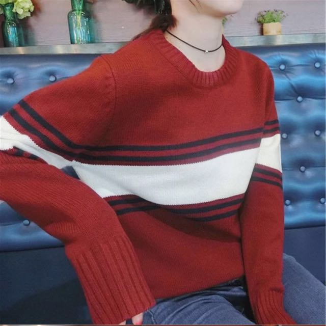 紅色條紋毛衣