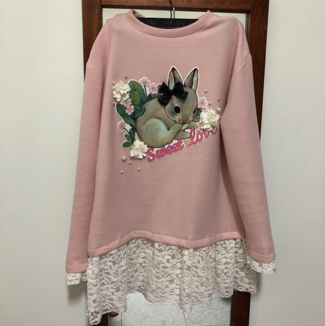 正韓。可愛兔兔蕾絲長版上衣