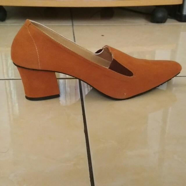 Block heels Shoes - sepatu wanita