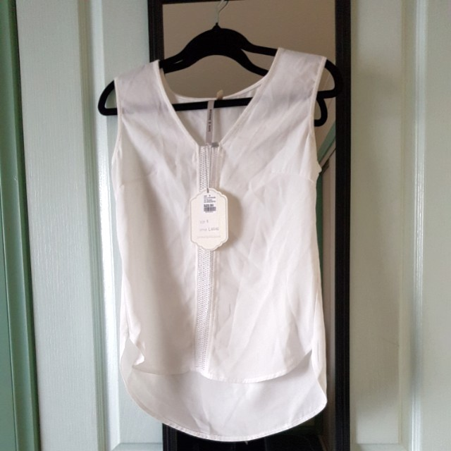 Blouse RRP$30