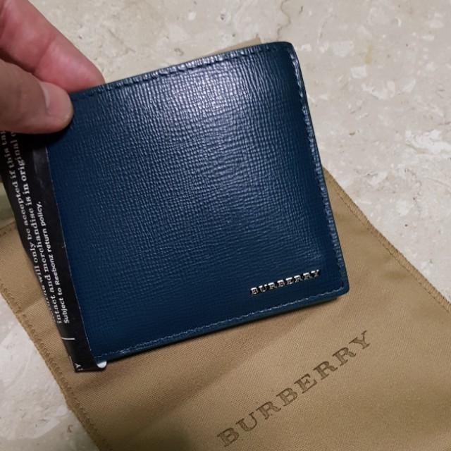 4f8f6e9fce934 Brand new Burberry London Bifold Wallet Dark Teal