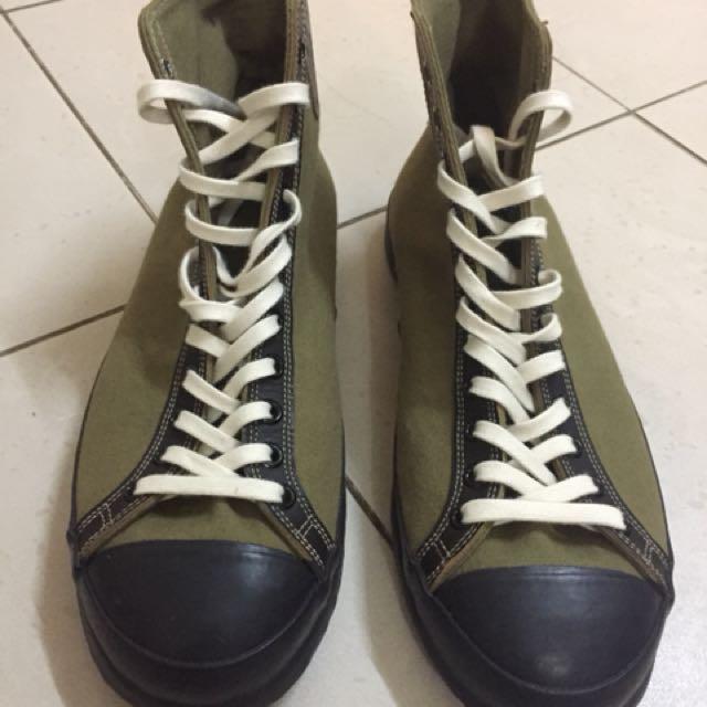 4adac579a6d2 Home · Men s Fashion · Footwear · Slippers   Sandals. photo photo ...