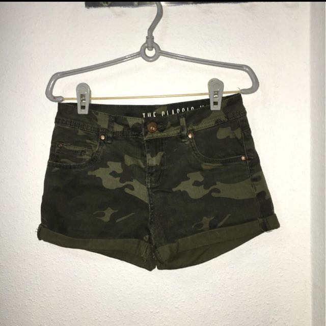 Cotton On Army Midwaist Shorts