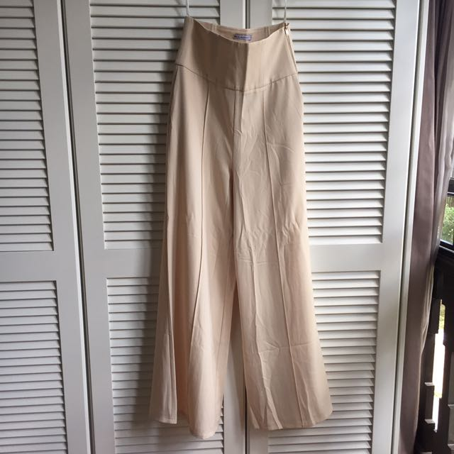 Fashiovalet x Lisa Surihani High Waisted Palazzo Pants in Beige