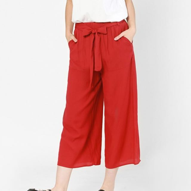 FV Basics Akeyla Culottes in Red