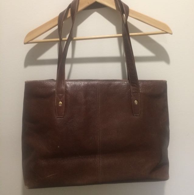 Genuine leather vintage shoulder/handbag