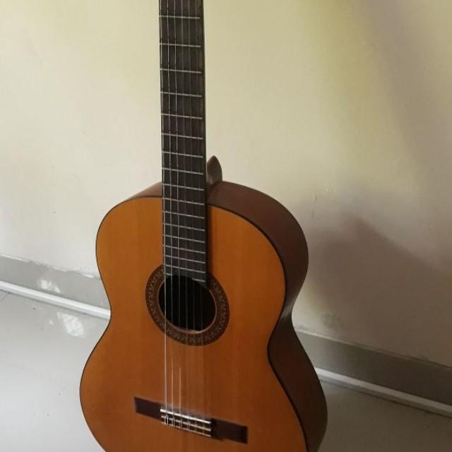 Gitar Klasik Original Yamaha CS 40 CS40. Source · Gratis Softcase + 2 Pick + Set Senar | Lazada Indonesia. Source .