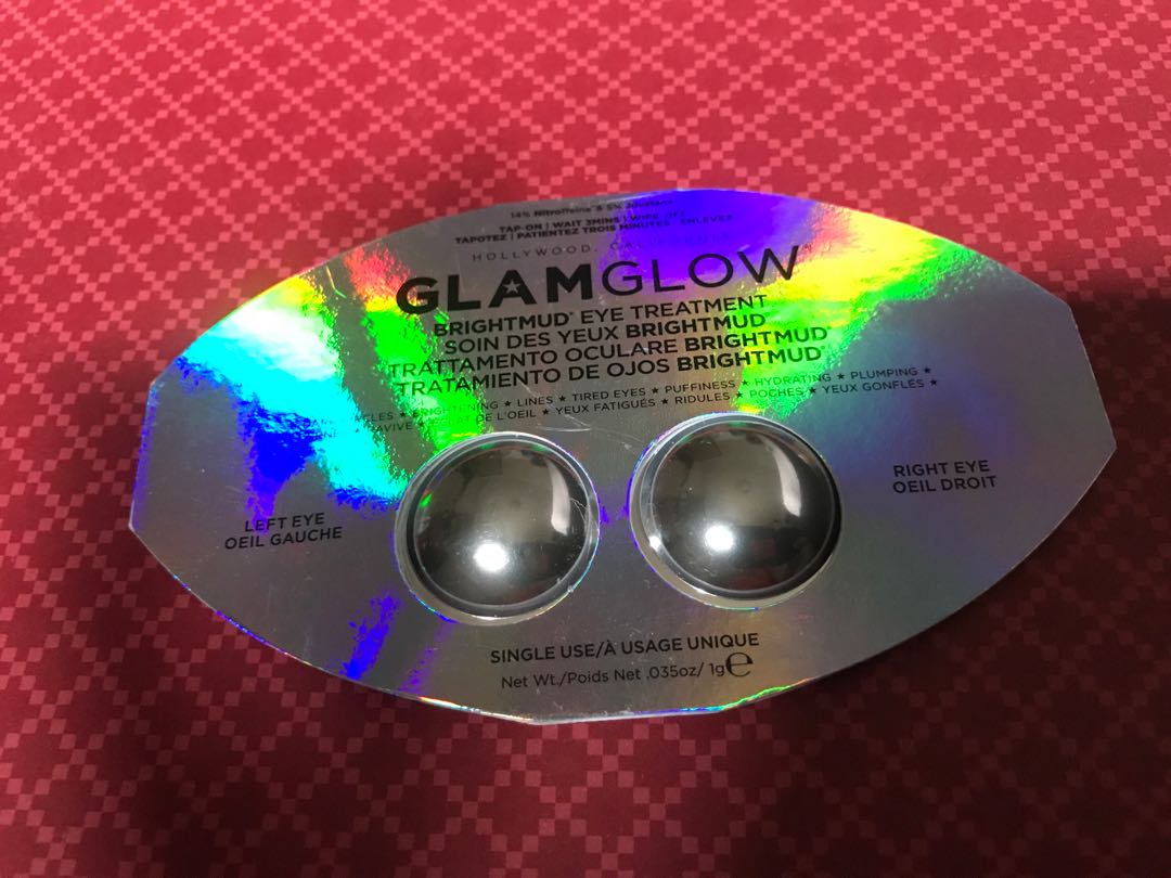 Glam glow eye mask