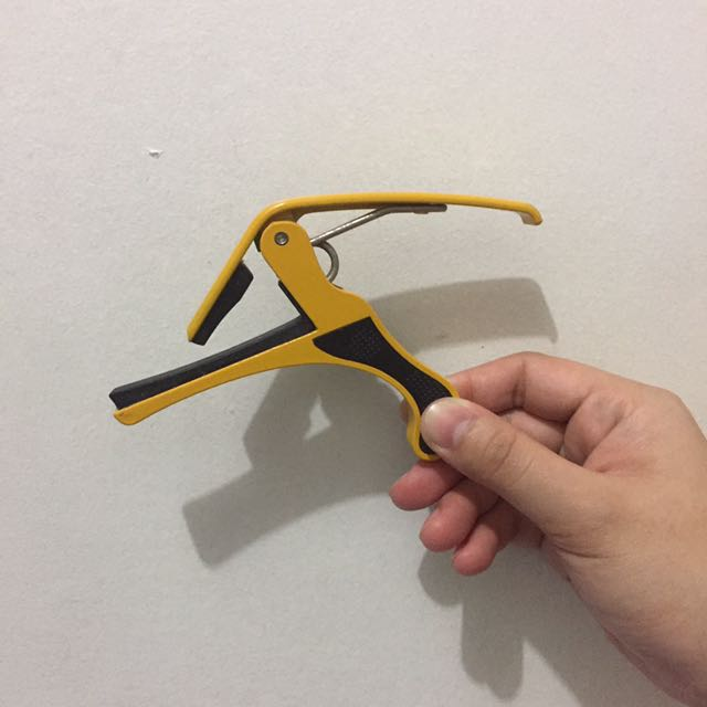 Guitar Capo with FREE Strings