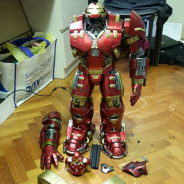 Hot Toys Iron Man Hulkbuster Mark 44 Battle-damaged 1/6th Scale Avengers Age of Ultron MMS285 Collectible Figure