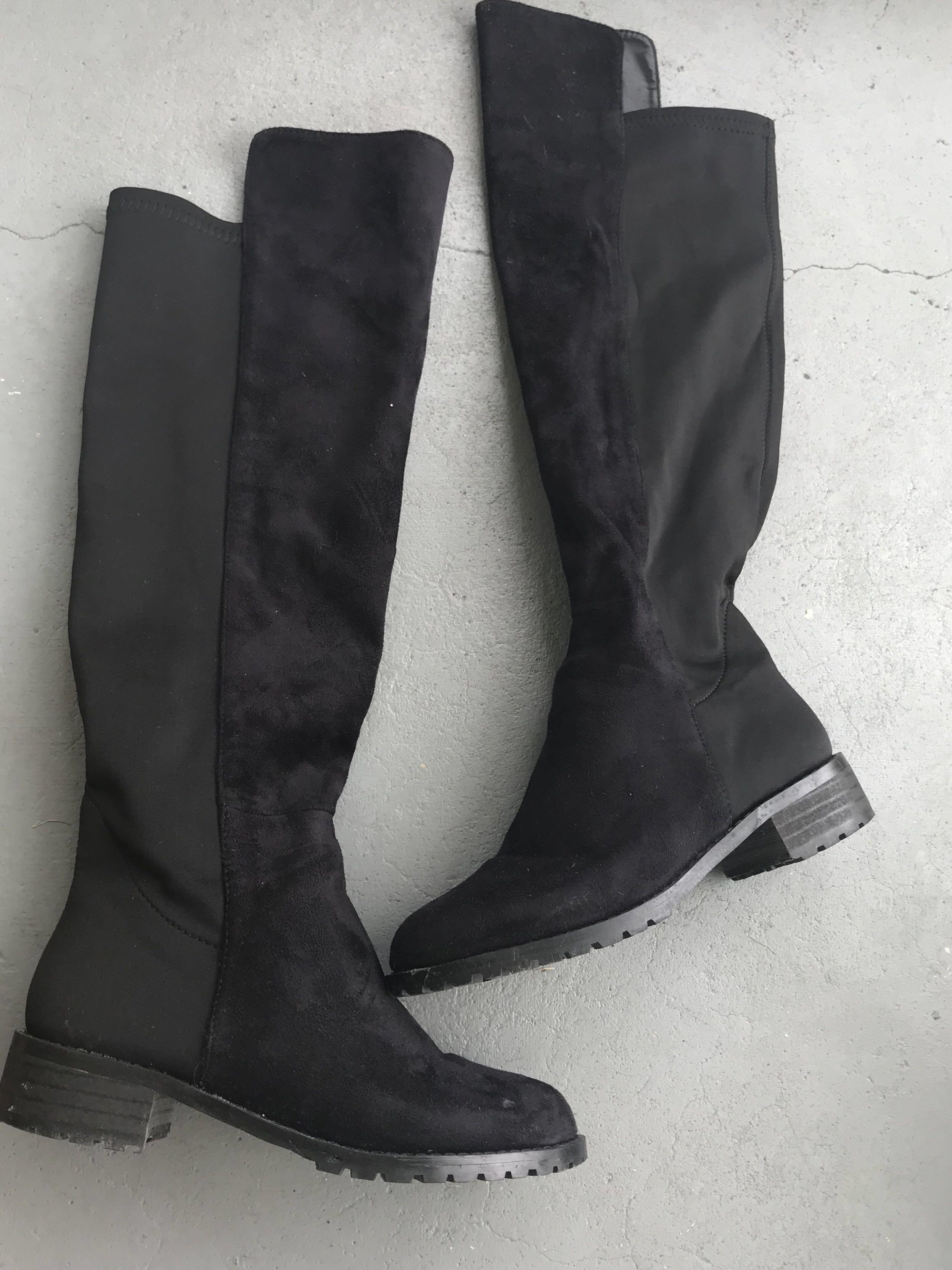 Knee high elegant black boots