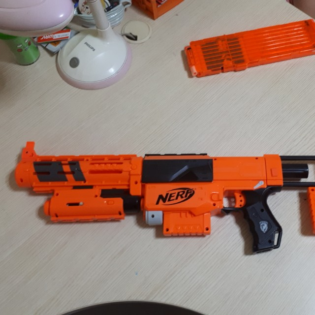 Limited edition Recon-CS6 Nerf Gun (with bullet clip and scope), Toys &  Games, Bricks & Figurines on Carousell