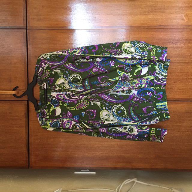 Long sleeves paisley blouse