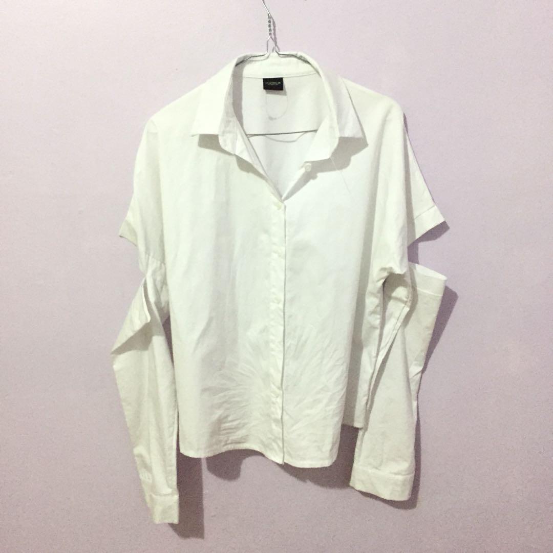 Magnolia white shirt kemeja putih ripped elbow