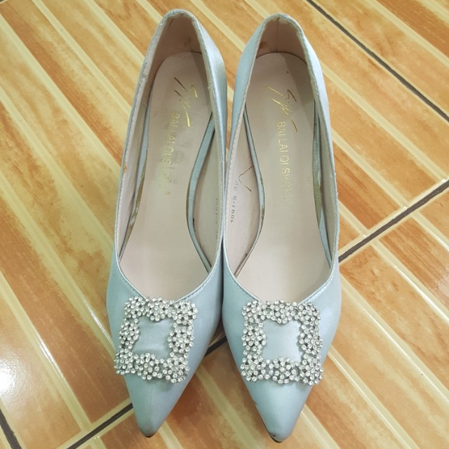 Manolo inspired pumps