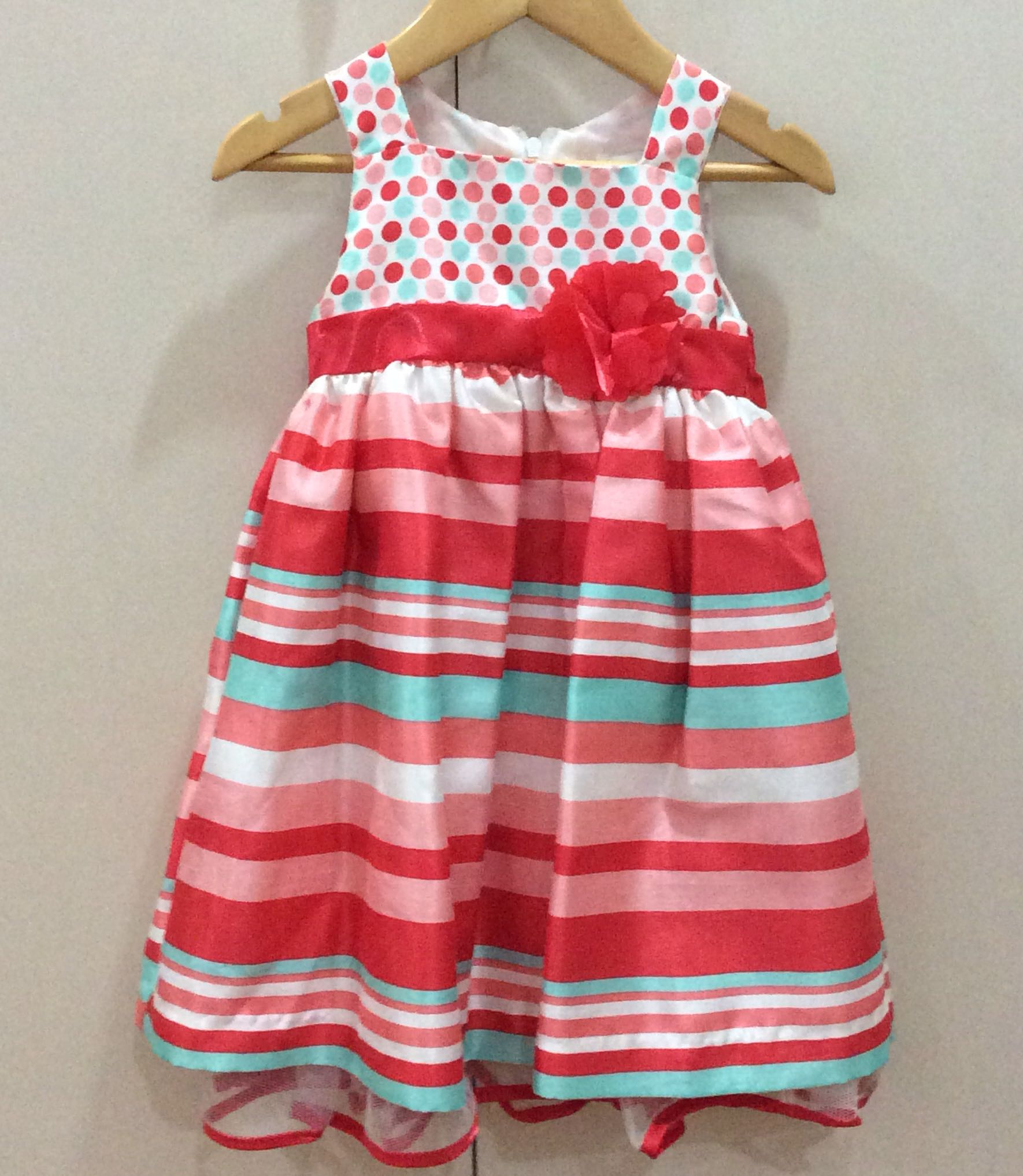 New without tag Newberry toddler party dress (24 months)