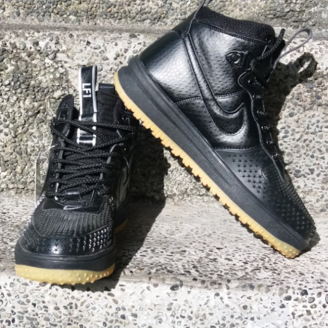 4de62bd82a93 nike air force 1 duck boots