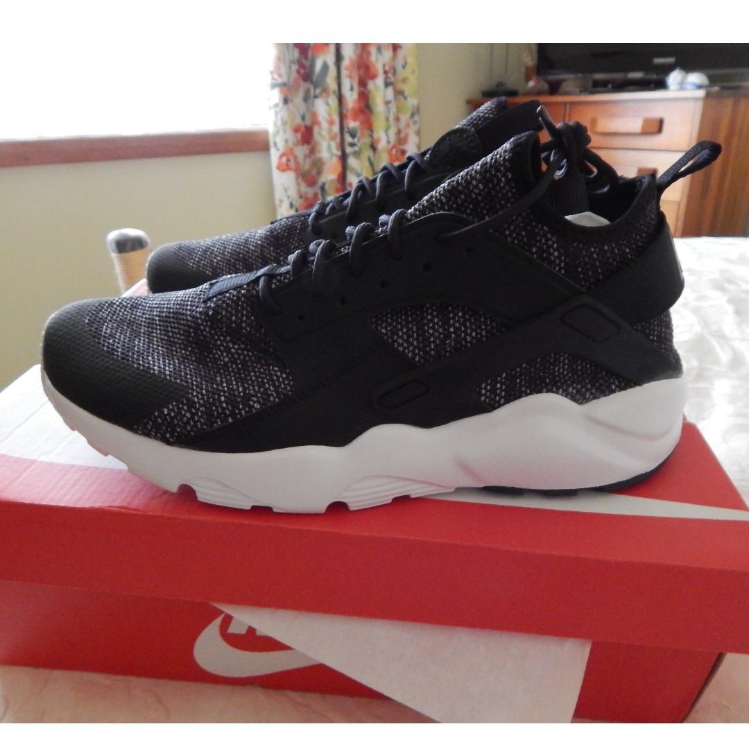Nike Air Huarache Run Ultra mens shoes, size 9 US, new in box