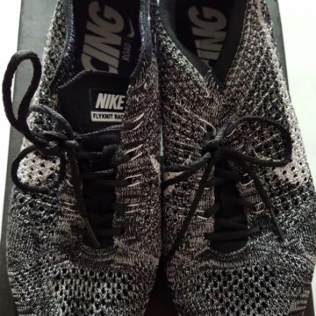 Nike flyknit racer oreo us8.5