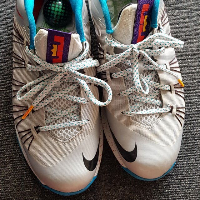 save off 02711 3a94d Nike Lebron Low Cut
