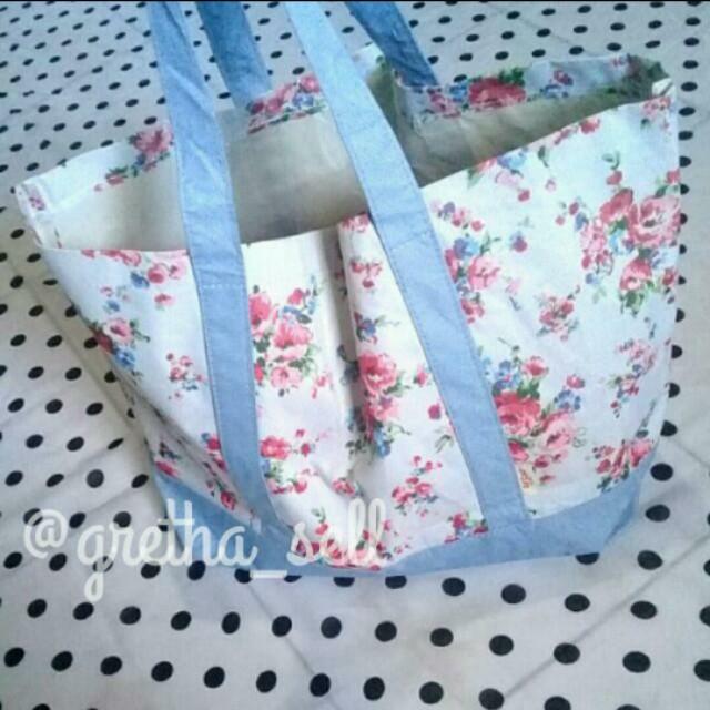 Pique - Vintage Tote Bag