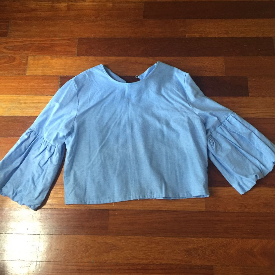 Plain Crop Tops with Puff Sleeve - Light Blue
