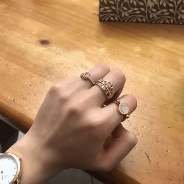 Rings, rose gold