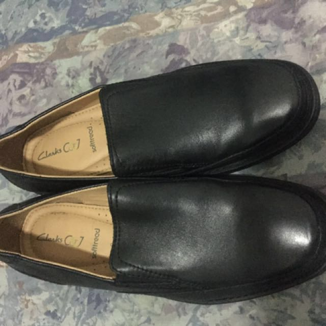 Rush Sale! CLARKS Extra Wide shoes
