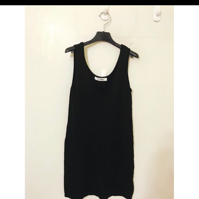 專櫃SO NICE原價2280 質感超好的 SM都可 超彈性喔 長版小洋裝的 質感非常好喔!