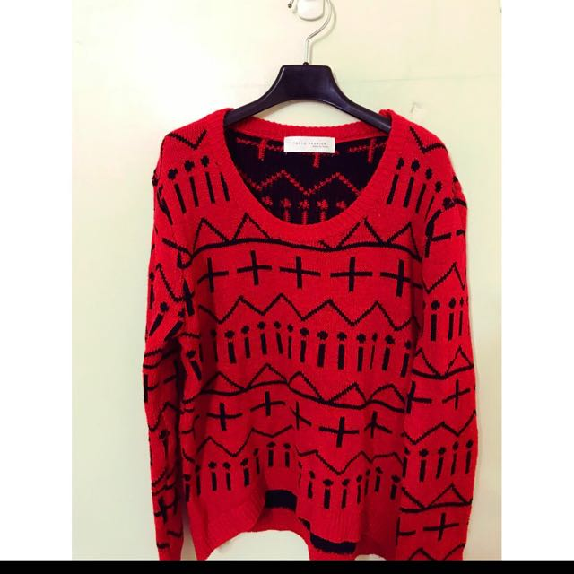 Tokoyo fashion 超好看的 圖騰毛衣喔用L可以唷 超美的圖騰設計感 顏色顯氣色好 穿起來非常有就是喔