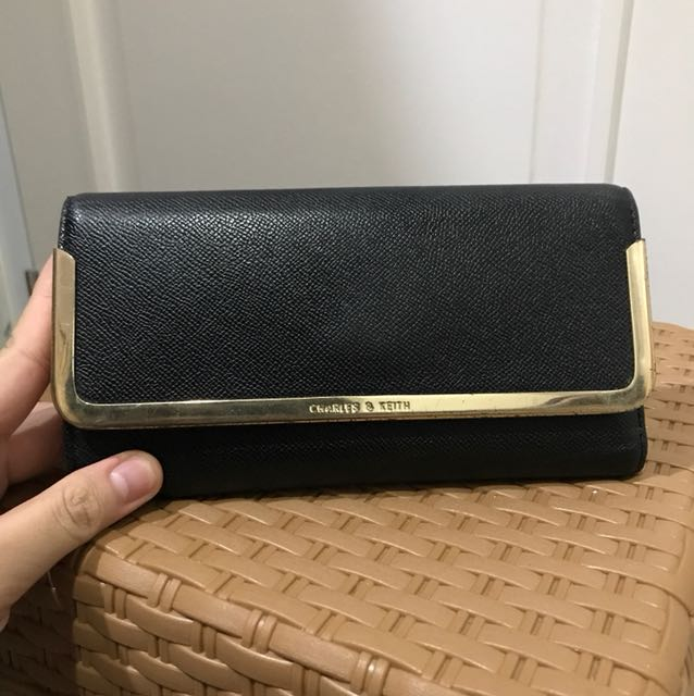 Wallet by CHARLES & KEITH