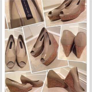 JUST REDUCED!!!!!✨Brand New Steve Madden Peep-Toe Nude Wedges